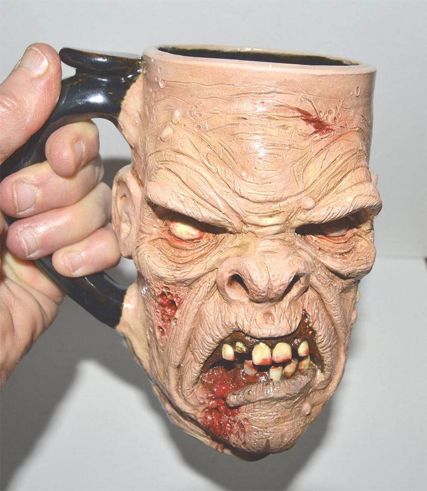 Scravis Creepy Mugs