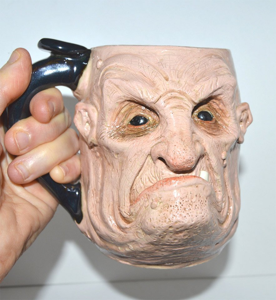 Scravis Creepy Mugs