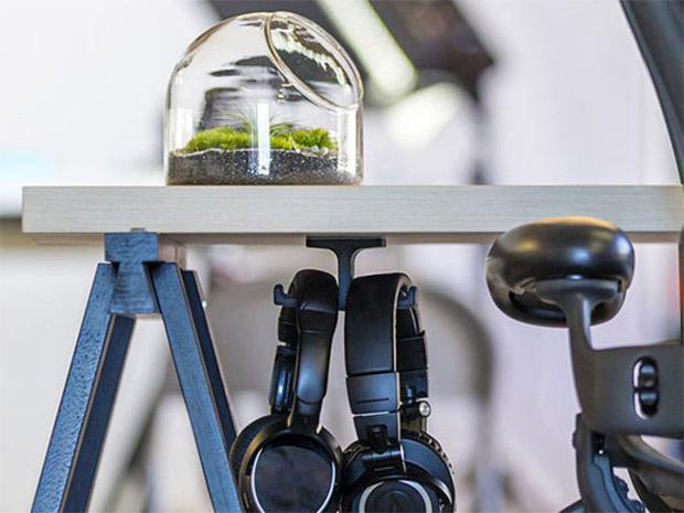 Deal: Anchor Headphone Mount