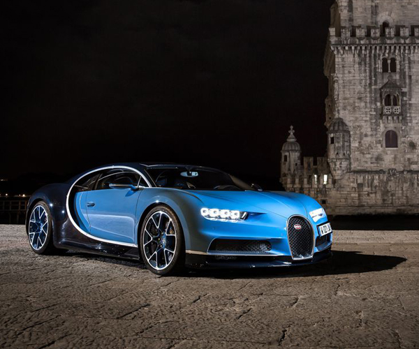 Carfection Reviews the Bugatti Chiron