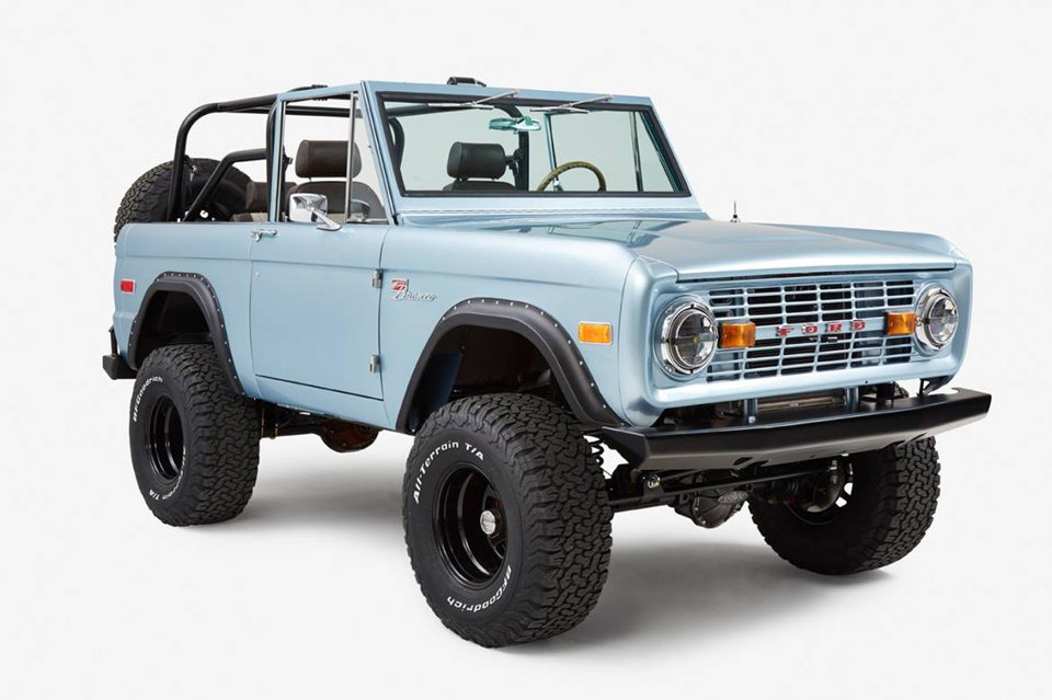 CFB 1971 Ford Bronco Naples - The Awesomer