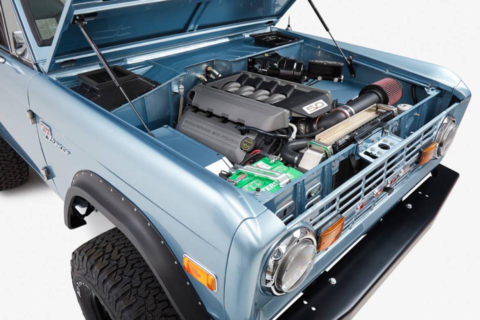 CFB 1971 Ford Bronco Naples