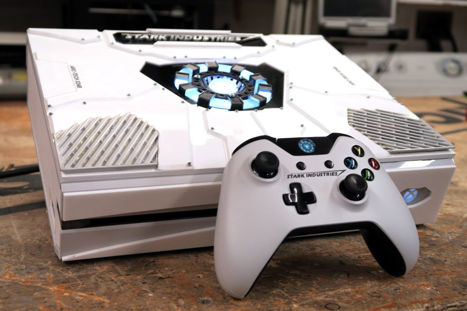 DIY Stark Industries Xbox One