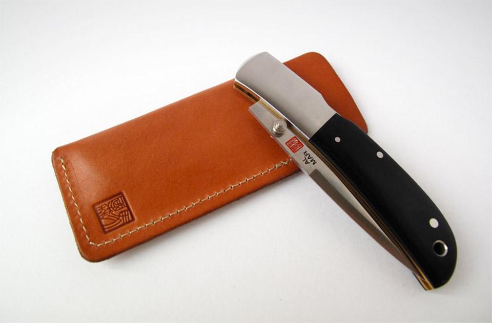 Classic Gentleman's Knives