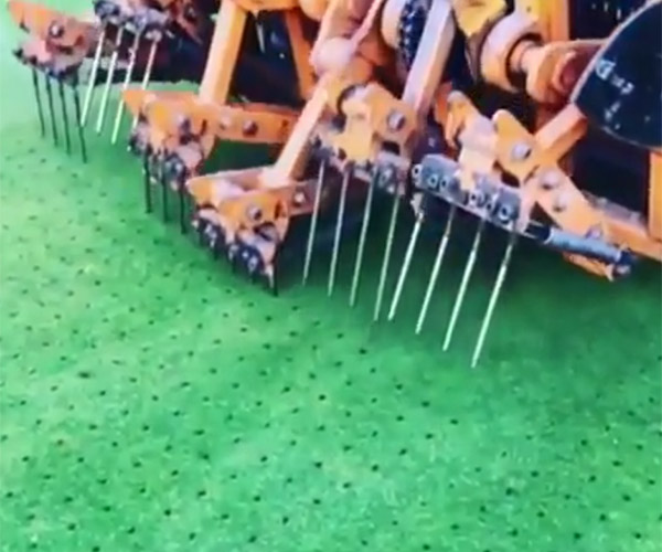 Golf Course Aerator Machine