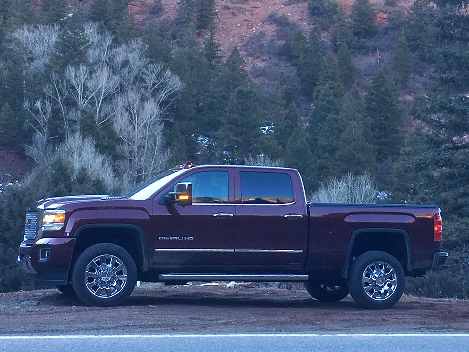 2017 gmc sierra 2500hd the awesomer. Black Bedroom Furniture Sets. Home Design Ideas