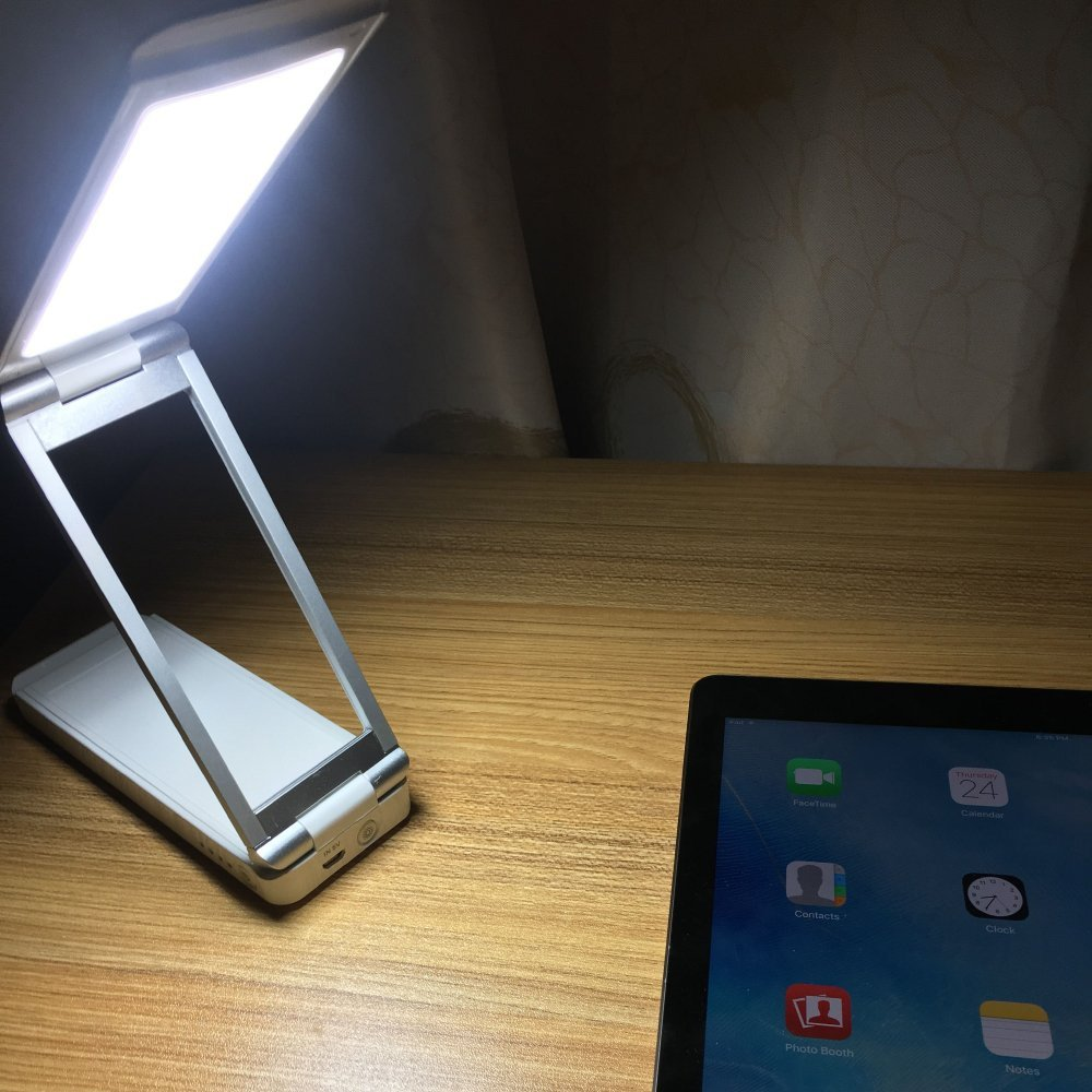 AKSOR Portable Desk Lamp