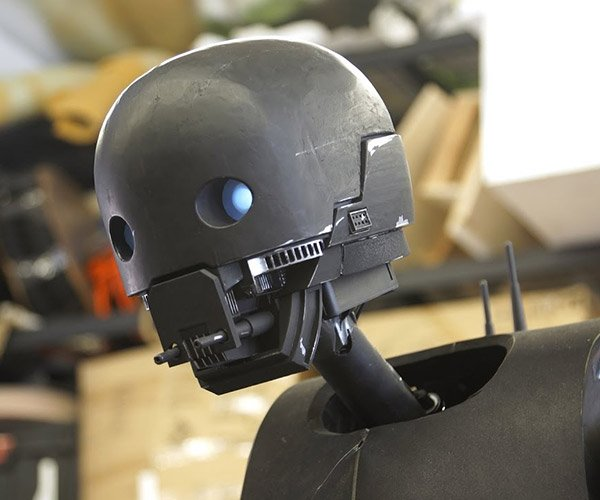 DIY Life-Size K-2SO Puppet