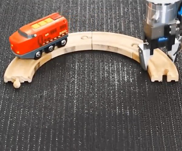 Endless Toy Train Loop