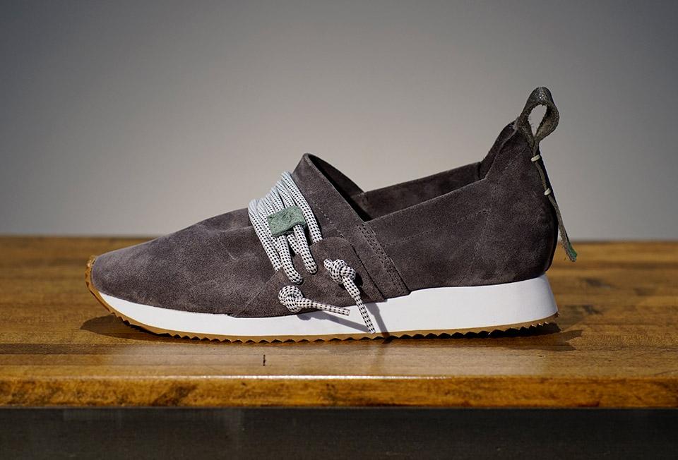 Comunity Shoes