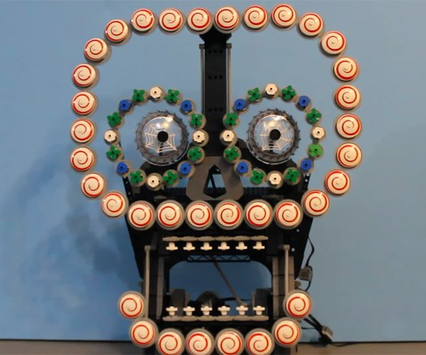 Mechanical LEGO Skull