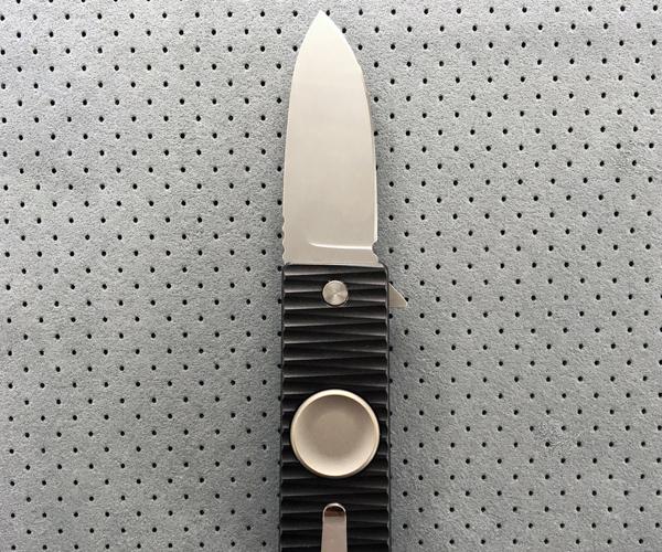 Meteorite Fidget Spinner Knife