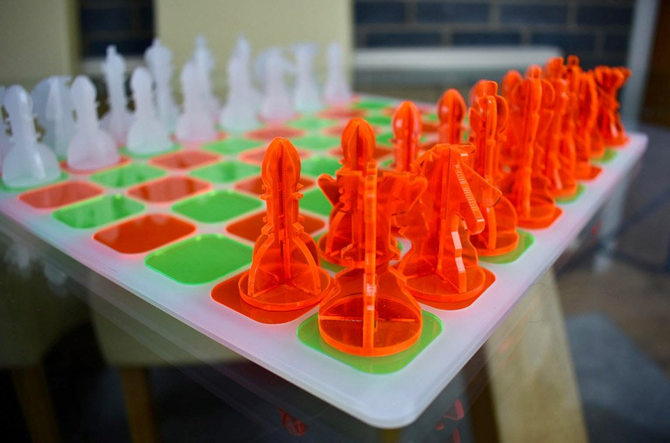 Mod Acrylic Chess Sets