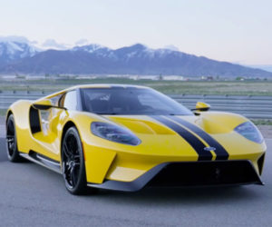 Roadshow Drives the Ford GT