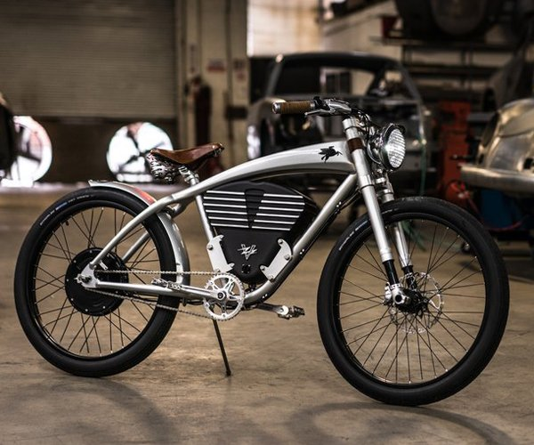 Vintage Electric Outlaw Tracker