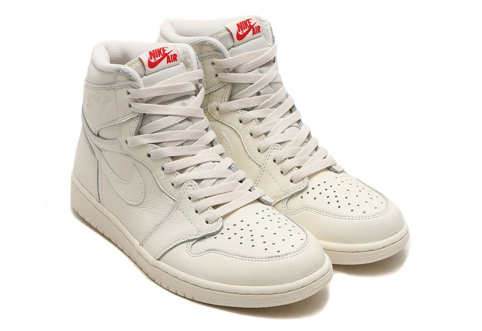 Air Jordan 1 Retro High OG Sail