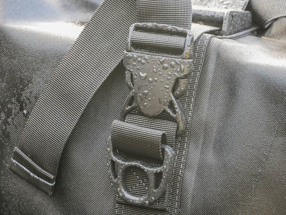 Front Runner Monsoon Bag