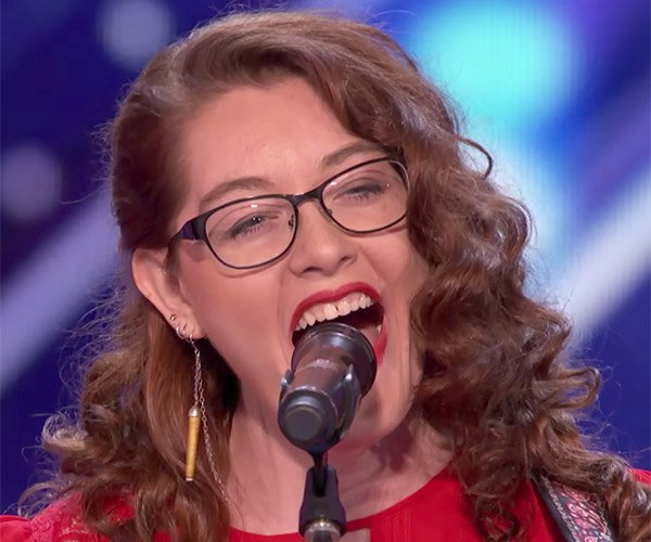 Mandy Harvey: Deaf Singer
