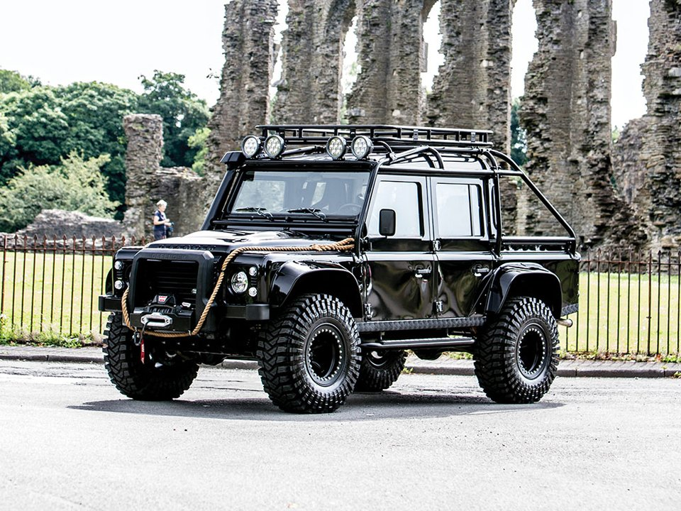 2017 Land Rover Spectre Defender