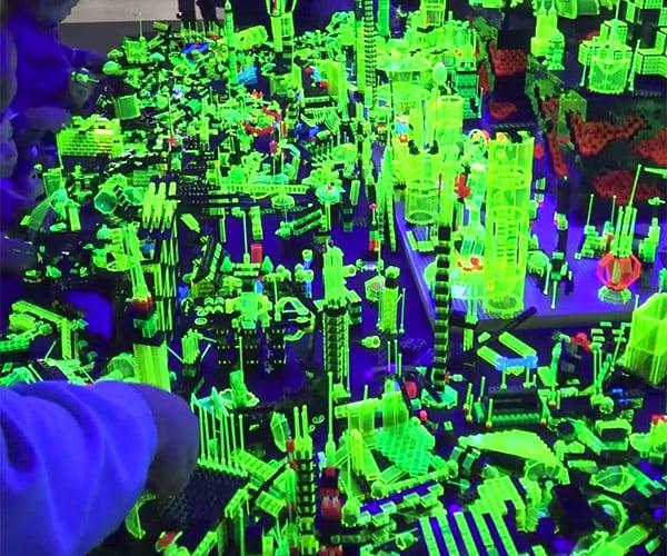 LEGO Glow Zone