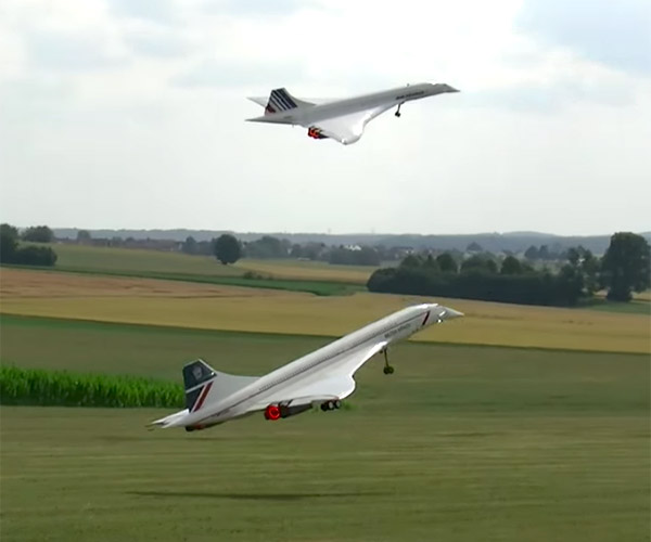 Dueling R/C Concordes