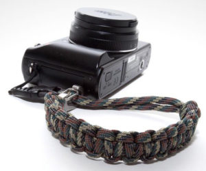 10 Ways to Carry Paracord