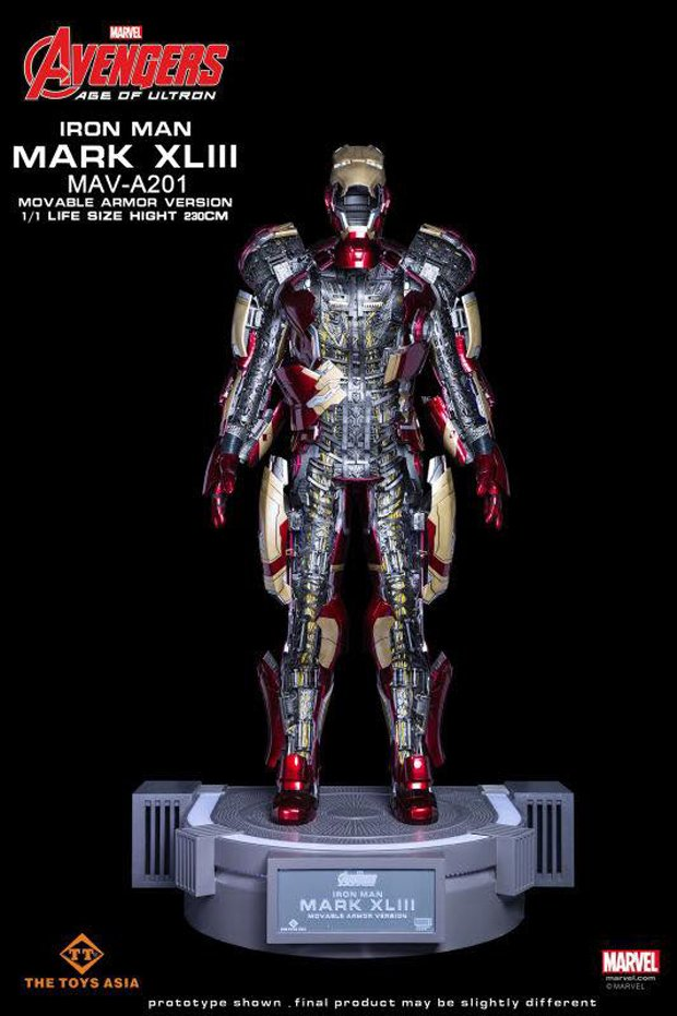 Iron Man Mk. 43 1:1 Motorized Statue