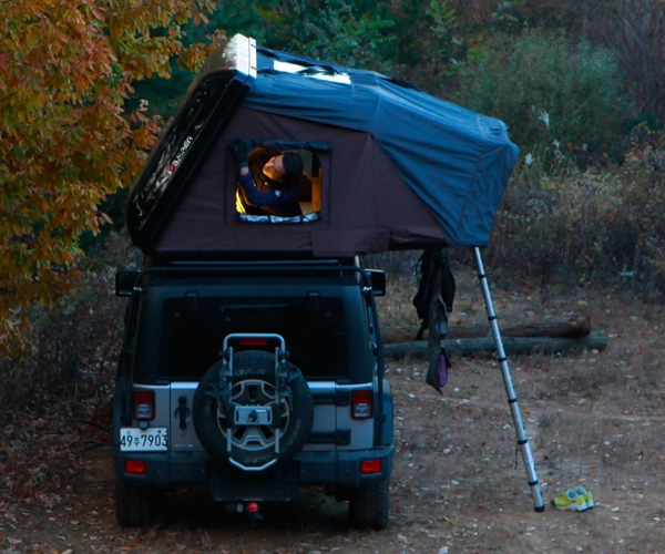 Skycamp Car-top Tent