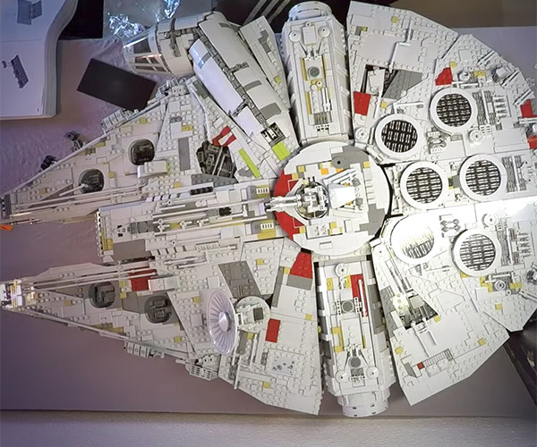 LEGO Millennium Falcon Speed Build