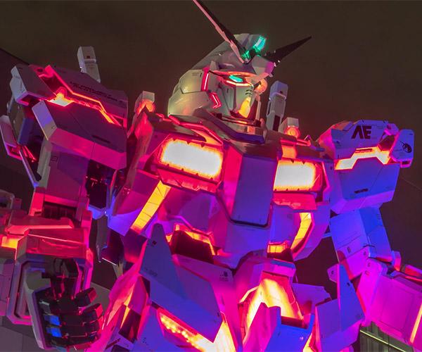 Life-size Unicorn Gundam