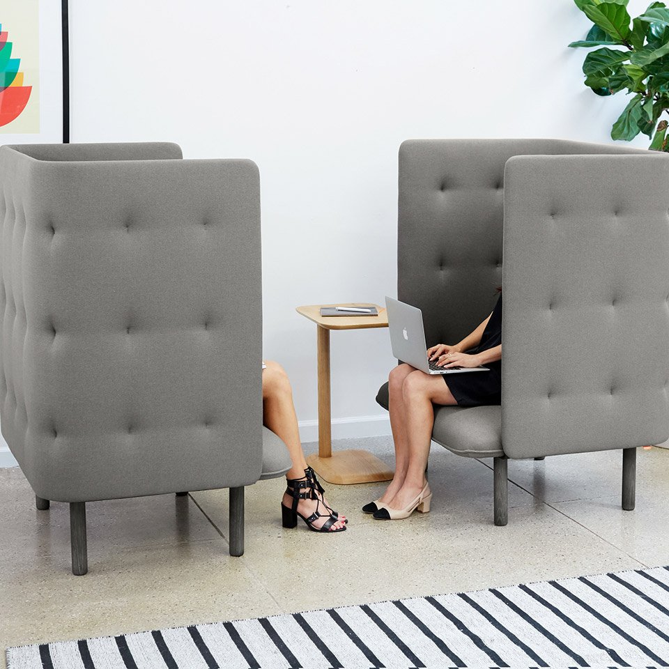 Poppin QT Privacy Chair