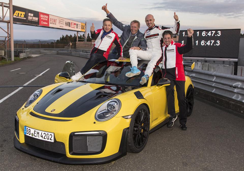 Porsche 911 GT2 RS Nürburgring Lap