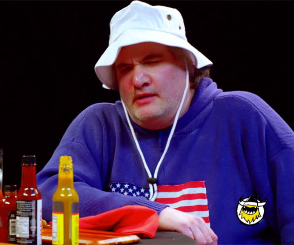 Artie Lange vs. Hot Wings