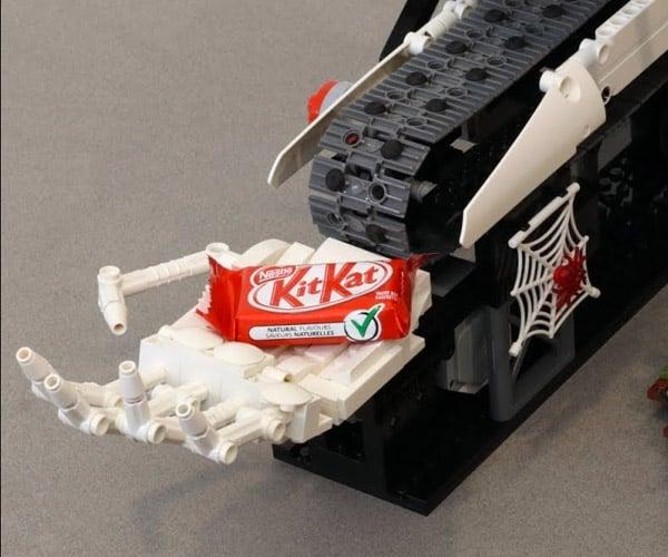 LEGO Halloween Machine