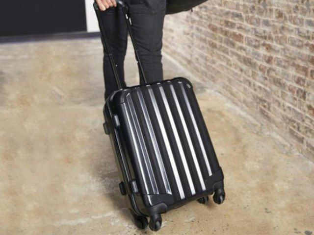 Deal: Genius Pack Carry-On