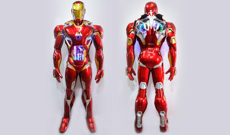 Life-sized Iron Man PC Case