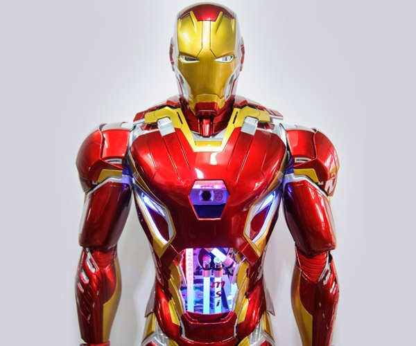 Life-sized Iron Man PC Case
