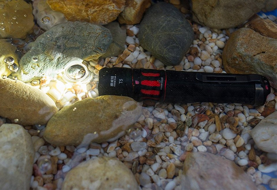 Civictor Waterproof Flashlight