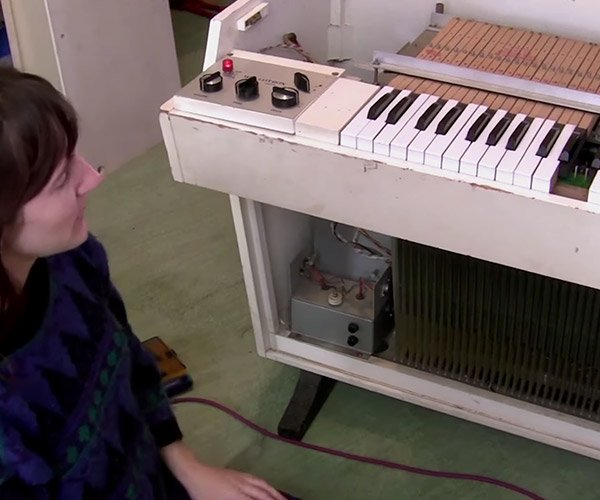 How a Mellotron Works