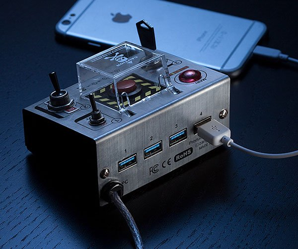 Self-Destruct USB 3.0 Hub