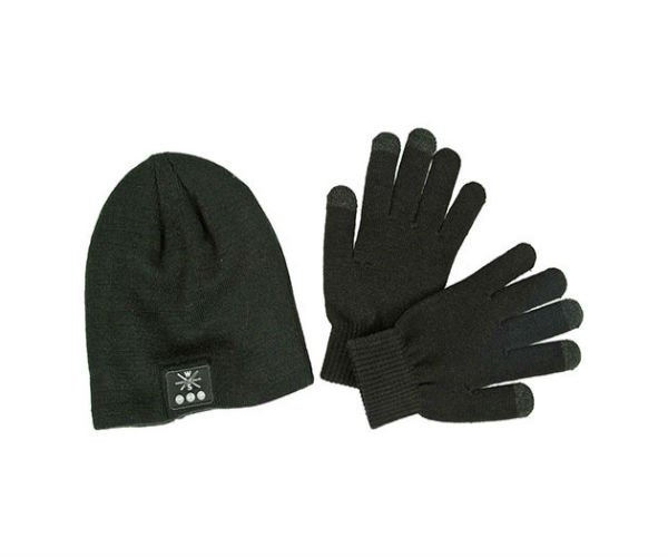 Deal: Bluetooth Beanie/Glove Bundle