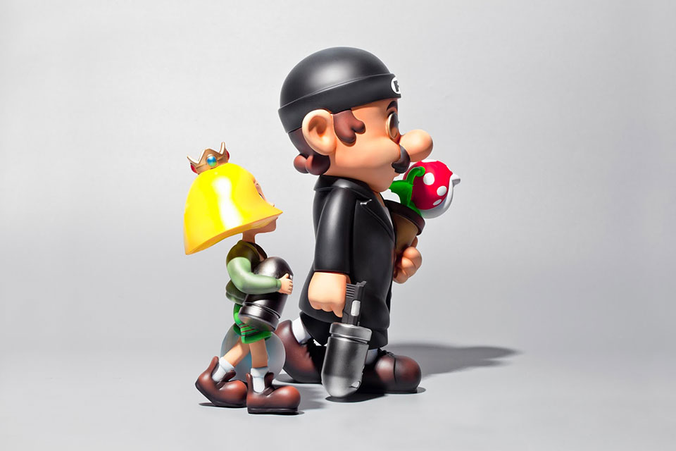 Mario & Peach Super Professional Figures