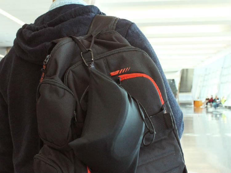 Deal: Memory Foam Travel Pillow
