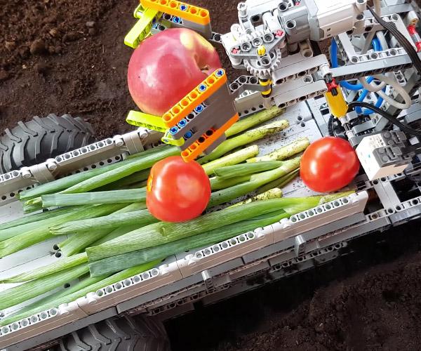 LEGO Plant Harvester