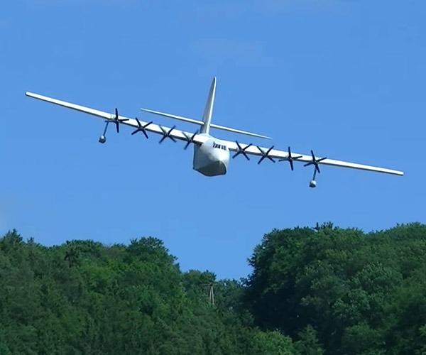 Giant Spruce Goose R/C Plane