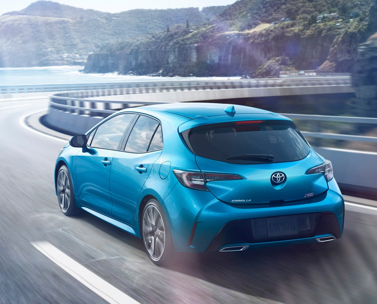 the toyota corolla hatchback is back for 2019 and it looks great. Black Bedroom Furniture Sets. Home Design Ideas