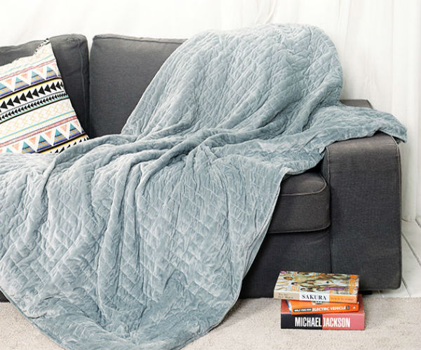 Deal: Gravis Weighted Blanket