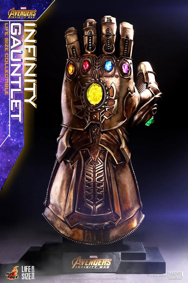 Hot Toys Life-size Infinity Gauntlet