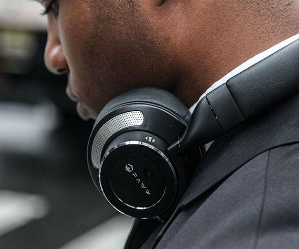 Deal: Noise-Cancelling Headphones