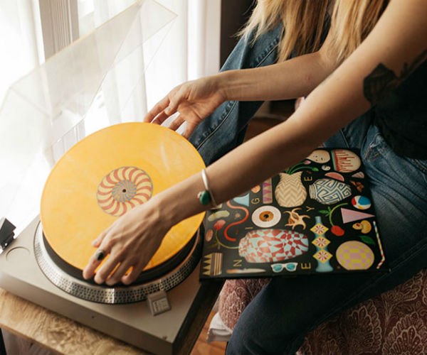 Deal: Vinyl Moon Subscription